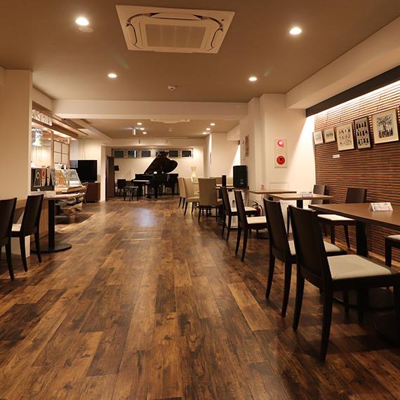 ピアノカフェのこだわりカフェメニューとコワーキングスペース