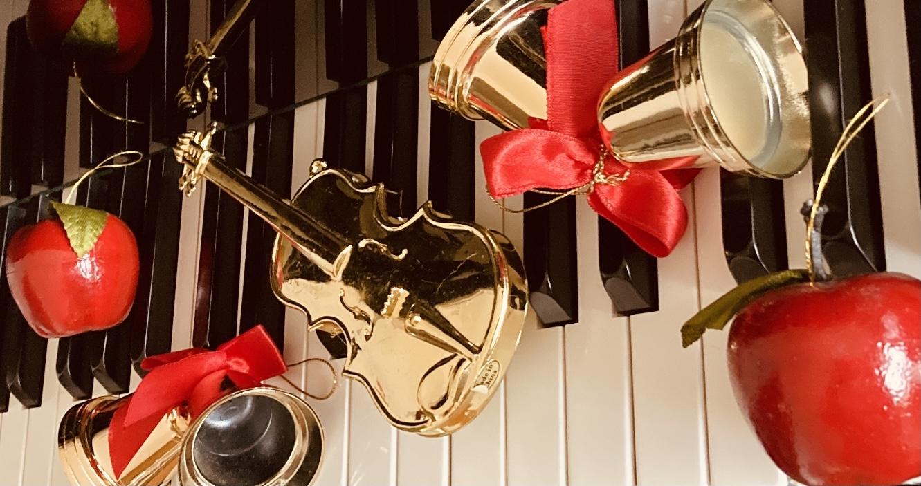 ピアノカフェ伊勢治「クリスマス会」
